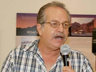 Photo of Edmundo Lizardi
